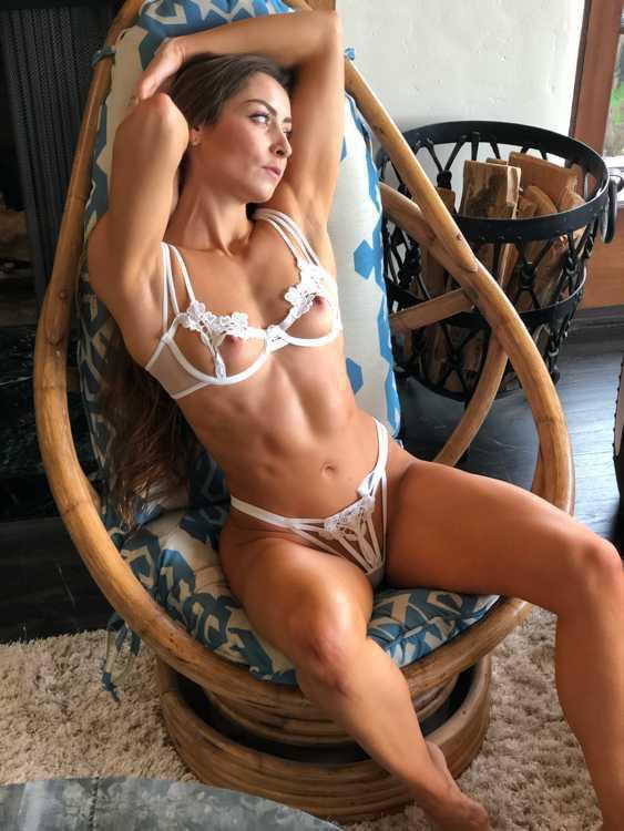 Stephanie Buckland Nude