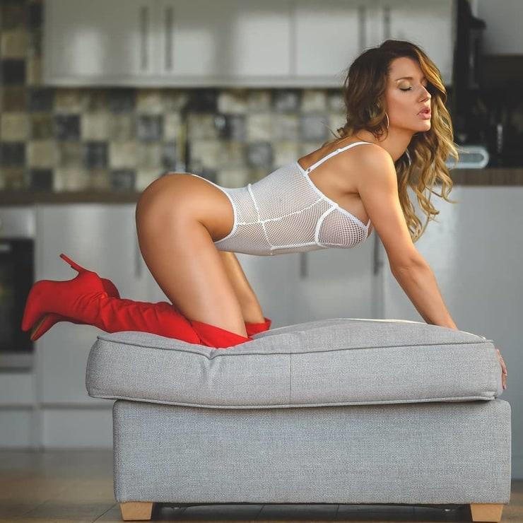 IMG:https://fitnudegirls.com/wp-content/uploads/2020/07/VoyeurFlash.com-Anneta-Eve-nude-37.jpg