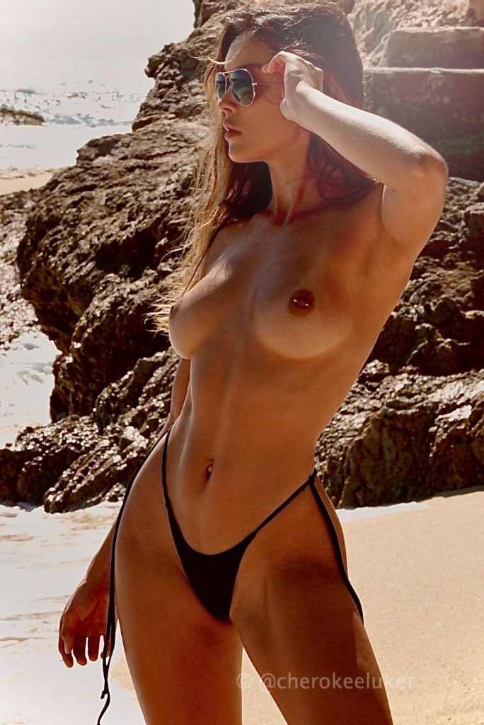 IMG:https://fitnudegirls.com/wp-content/uploads/2020/10/VoyeurFlash.com-Cherokee-Luker-nude-fit-10-684x1024.jpg