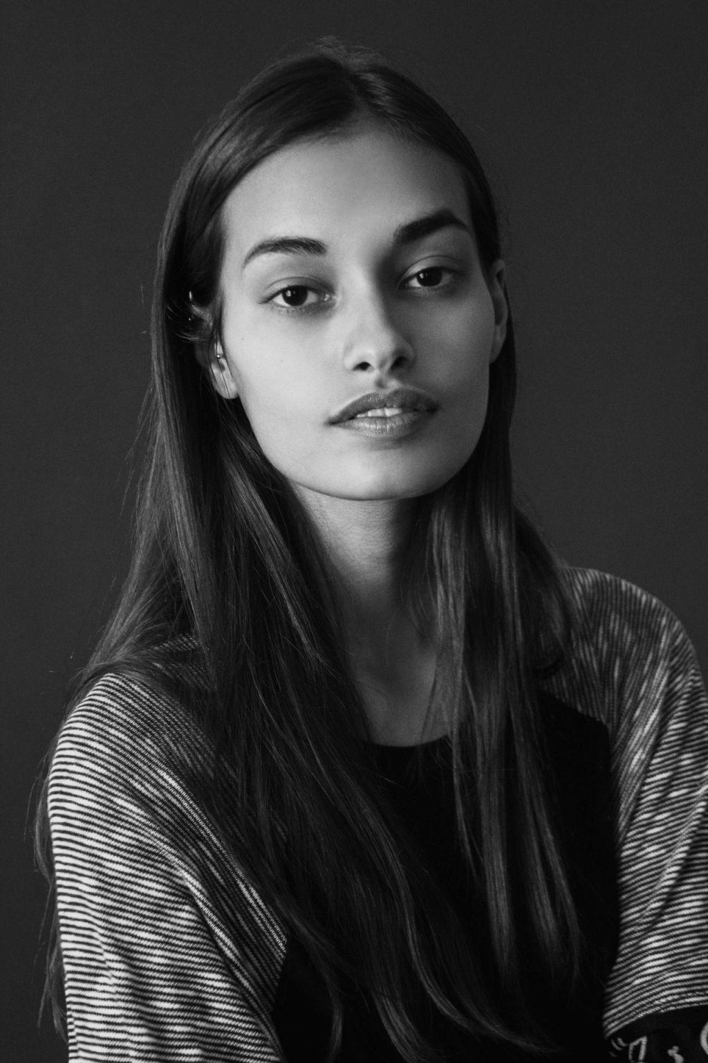 Gizele Oliveira  nackt