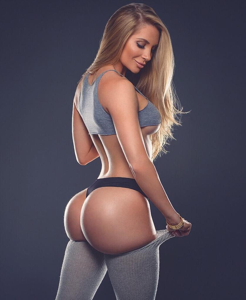 The sexiest girls with best asses on instagram