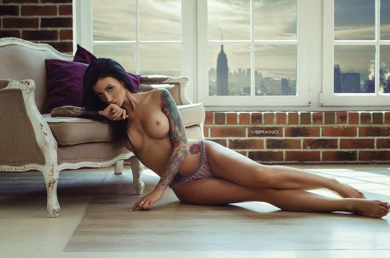 Rachel Nude