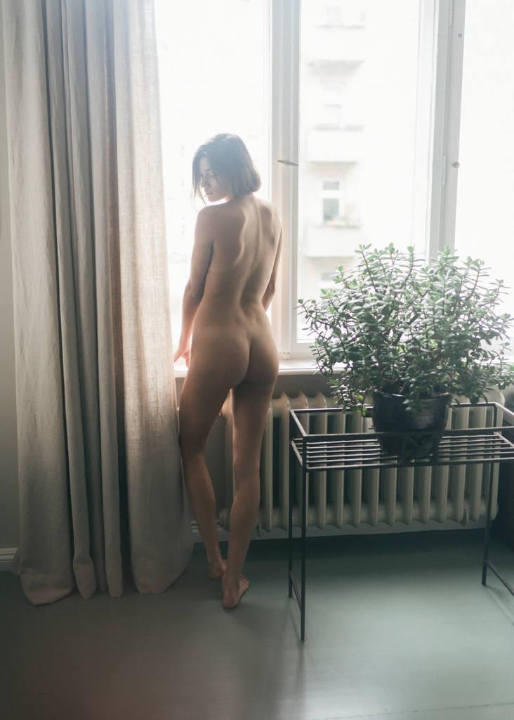 nackt Samstag Rachel Nina Zwick