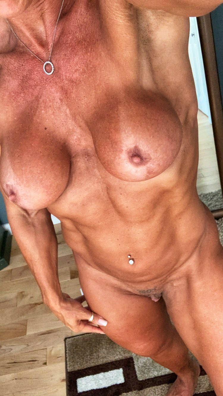 Naked mifls