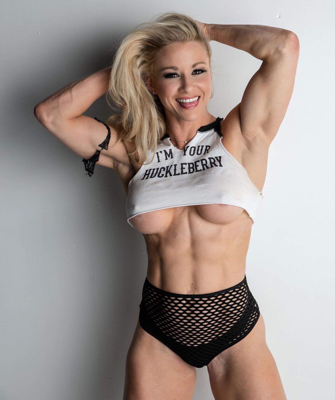 Jessica Williams  nackt
